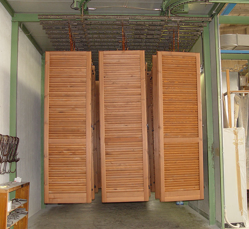 Verniciatura persiane e finestre falegnameria adda - Verniciare finestre alluminio ...
