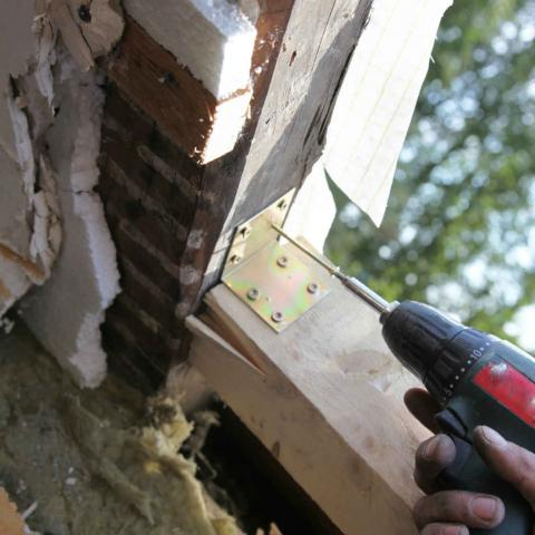 Un'ottima finestra inizia dal controtelaio in legno